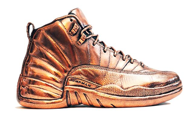 air-jordan-12-bronze-statue_result
