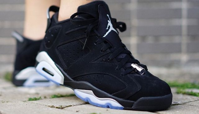 air-jordan-6-low-chrome-on-feet-21_result