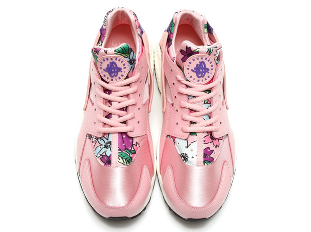 floral-huaraches-arriving-spring-031