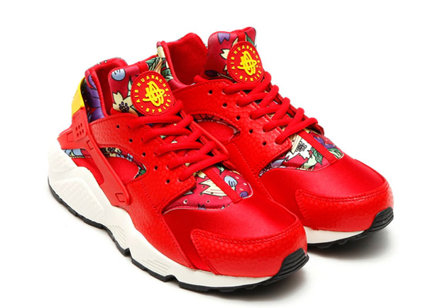floral-huaraches-arriving-spring-071