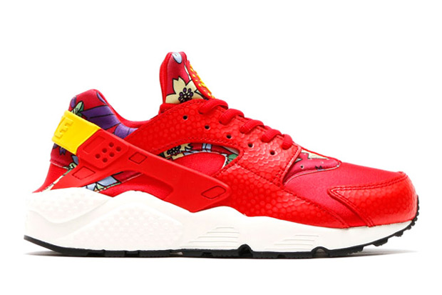 floral-huaraches-arriving-spring-081