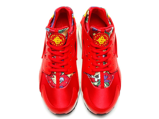 floral-huaraches-arriving-spring-091