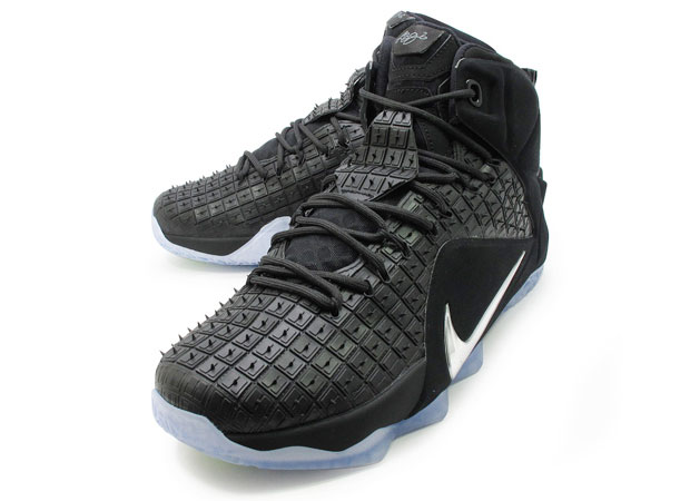 lebron-12-ext-rubber-city-1