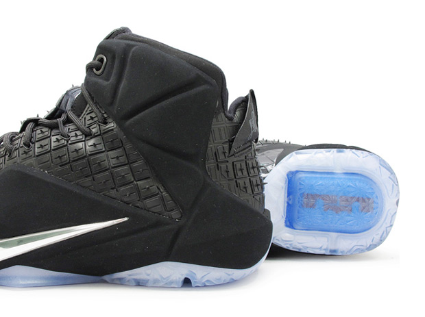 lebron-12-ext-rubber-city-2