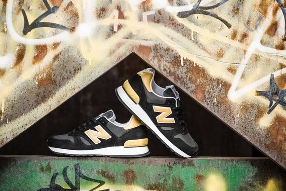 new balance-60-black-gold_02