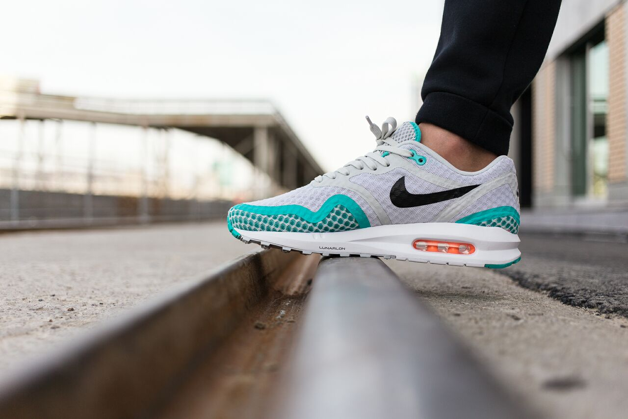 nike-air-max-1-breeze_03