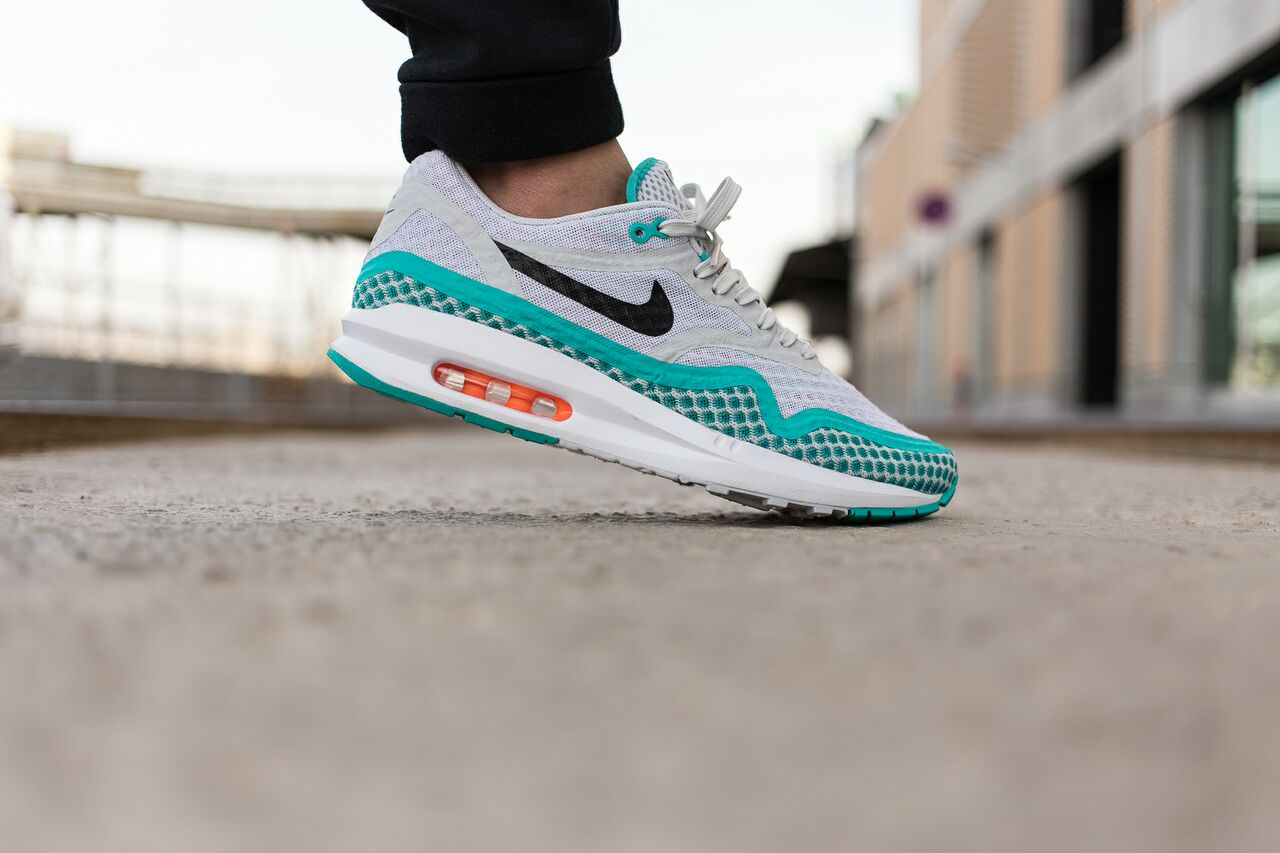 nike-air-max-1-breeze_04