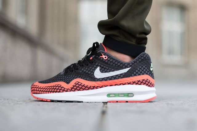 nike-air max 1 lunar breeze-hot lava
