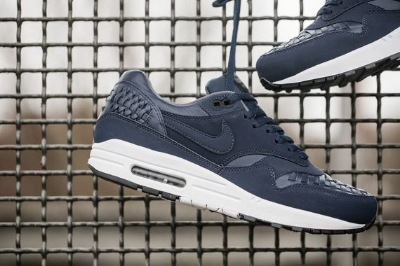nike-air max 1 woven-black and navy_02