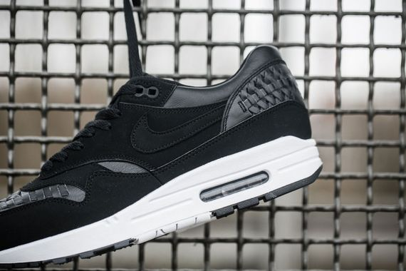 nike-air max 1 woven-black and navy_04
