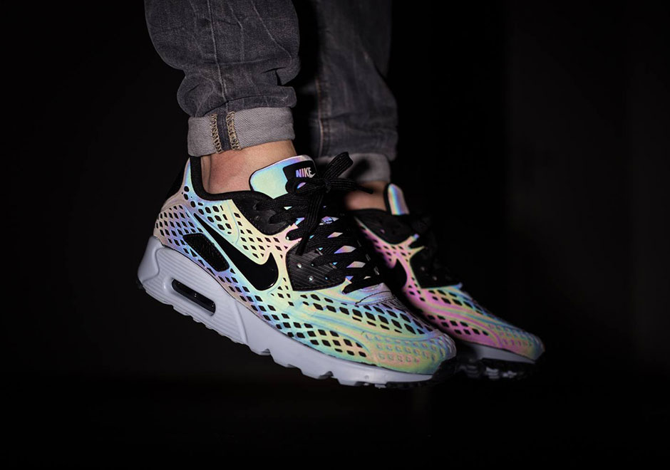 nike-air-max-iridescent-pack-1