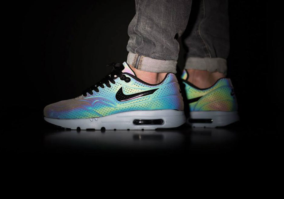 nike air max 1 ultra moire iridescent hologram xenon