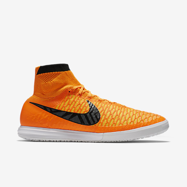 nike-magistax-proximo-ic-total-orange-2