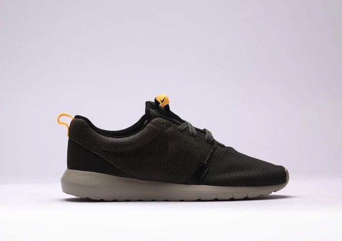 nike-roshe-run-nm-khaki-3