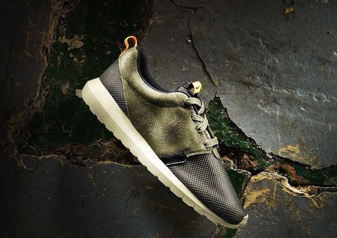 nike-roshe-run-nm-khaki