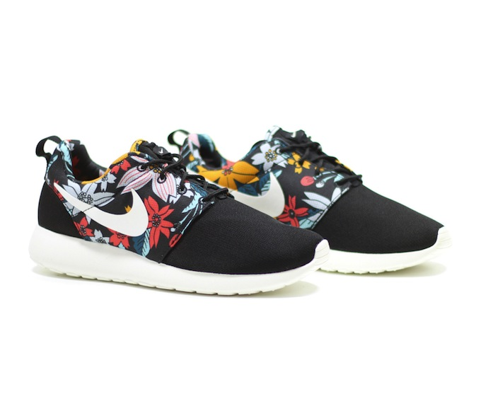 nike-roshe-run-print-hawaiian-floarl-1
