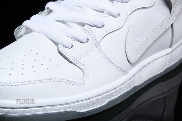 nike-sb-dunk-high-white-ice-4