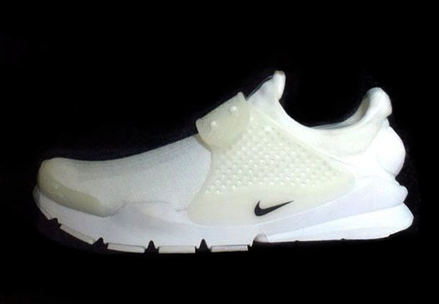 nike-sock dart-all white