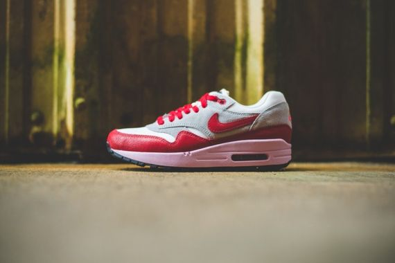 nike wmns-air max 1 vintage-red_05