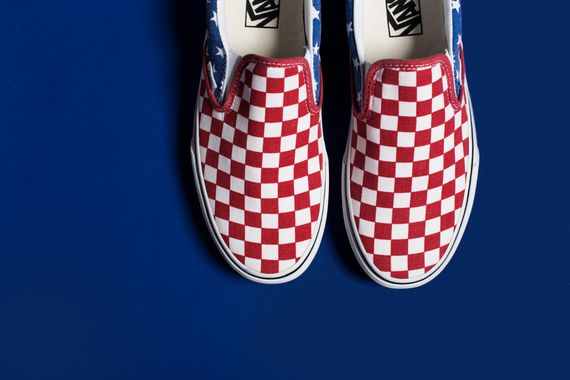 vans-slip on-stars-stripes