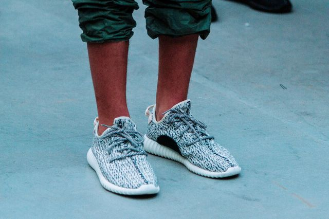 adidas-yeezy 350 boost-release