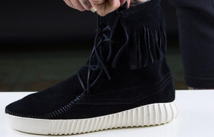 adidas-yeezy-boost-moccasin-black-custom-1
