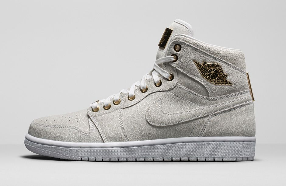air-jordan-1-pinnacle-white-metallic-gold-1