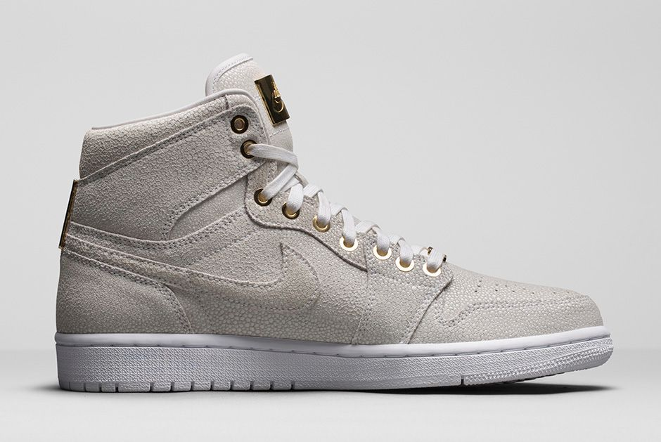 air-jordan-1-pinnacle-white-metallic-gold-2