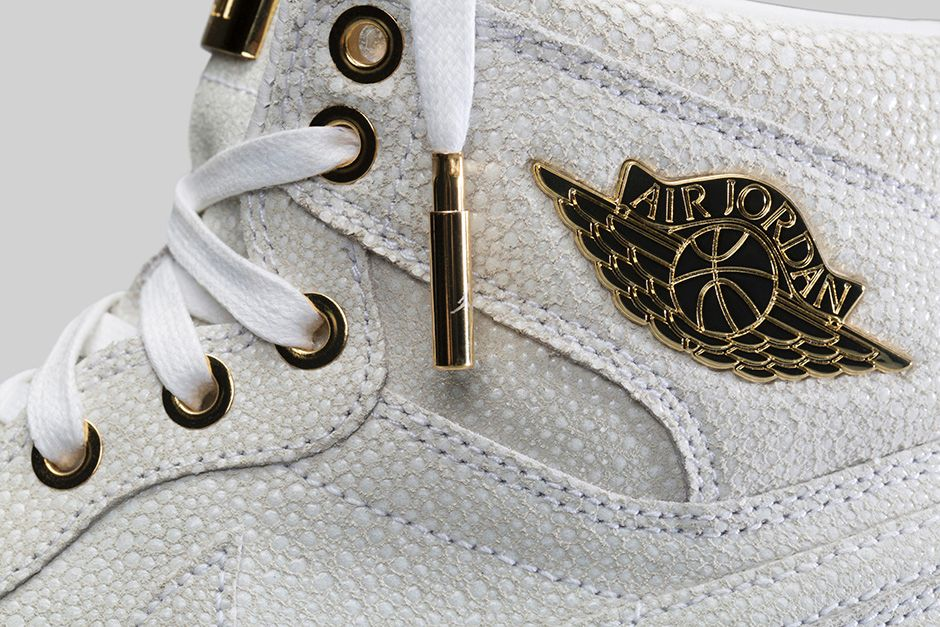 air-jordan-1-pinnacle-white-metallic-gold-6