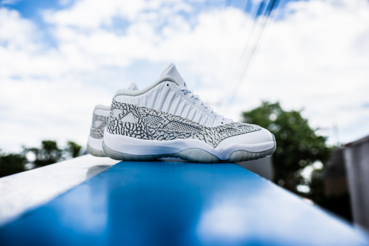 air-jordan-11-retro-low-ie-white-cobalt