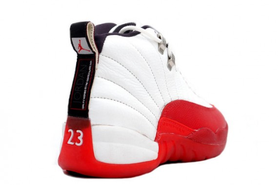 air-jordan-xii-og-white-red-03-570x379