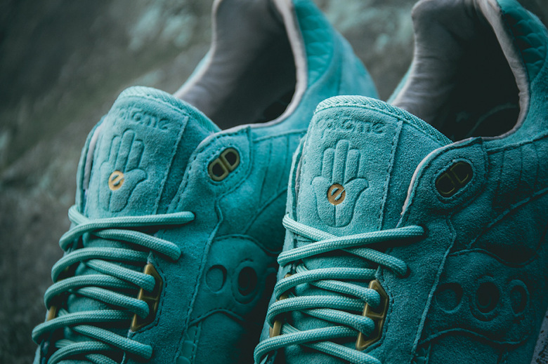 epitome-saucony-shadow-5000-righteous-one-2