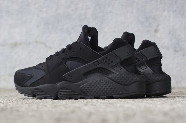 nike-air huarache-black_02