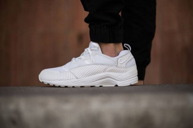 nike-air huarache light-perforated white_04
