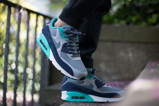 nike-air-max-90-blue-graphite