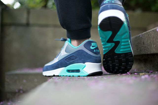 air max 90 essential colorways