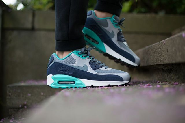 nike-air-max-90-blue-graphite_04