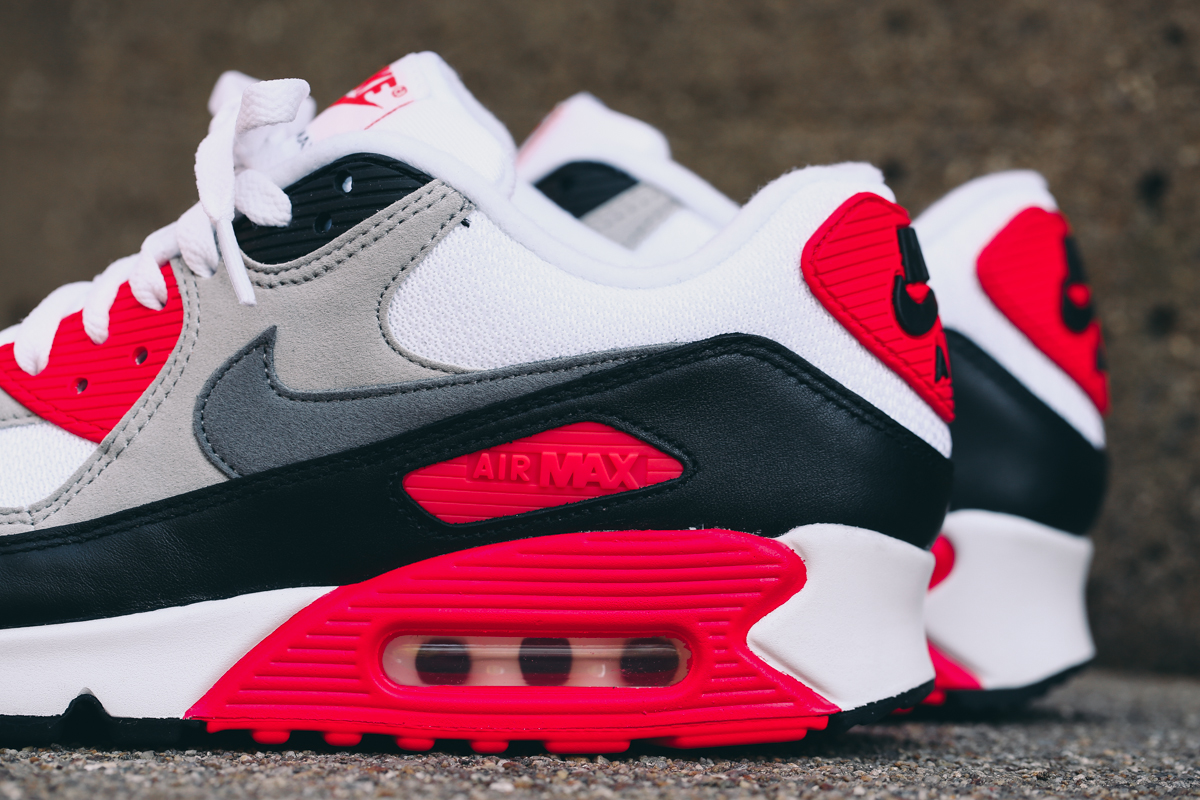 nike-air-max-90-infrared-2015-retro-2