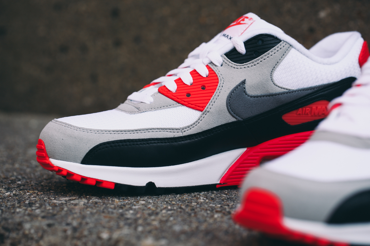 nike-air-max-90-infrared-2015-retro-3