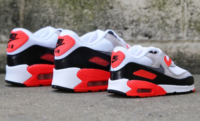 nike-air-max-90-infrared-family-sizes-1-681x412