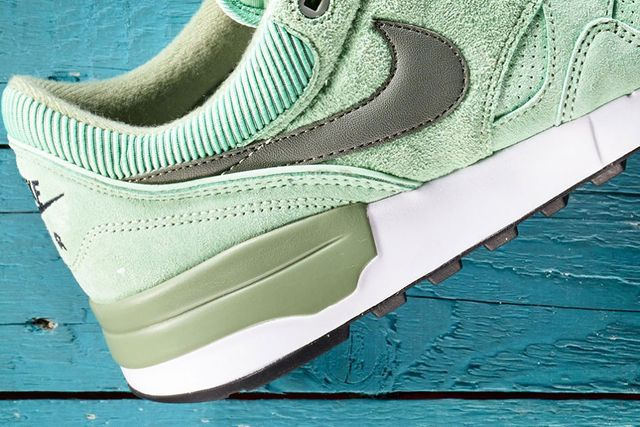 nike-air odyssey leather-enamel green_02