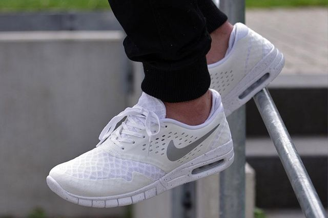 nike-eric koston 2 max-total white
