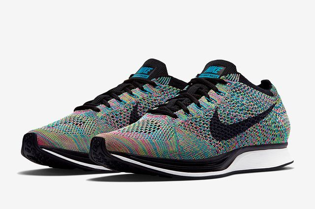 nike-flyknit-racer-multi-color-returning-011_result