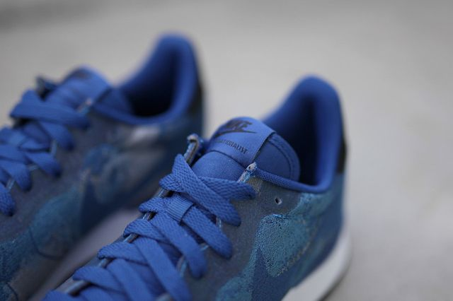 nike-internationalist-jacquard-photo blue_03