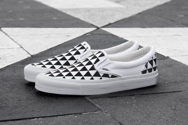 sneakersnstuff-vans-slip on-stockholm