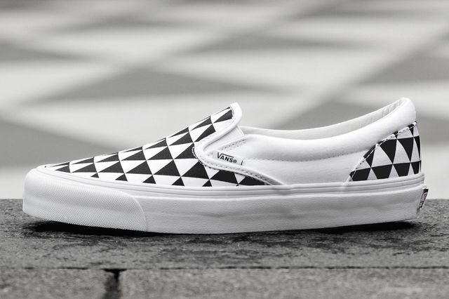 sneakersnstuff-vans-slip on-stockholm_03