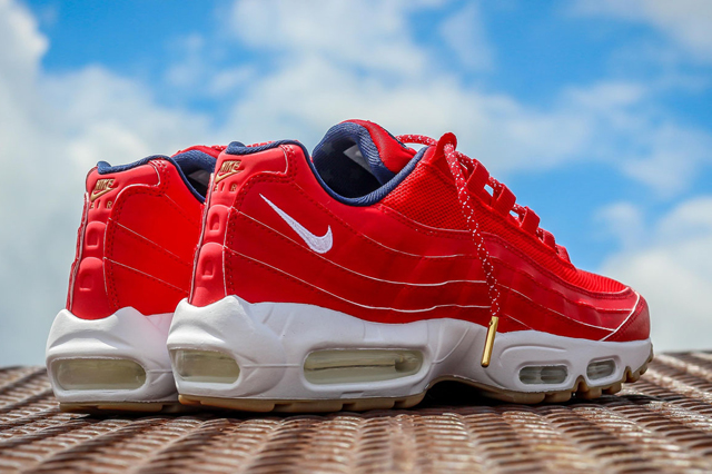 Nike-Air-Max-95-USA-4th-of-July-3