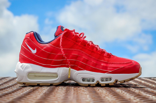 Nike-Air-Max-95-USA-4th-of-July-5