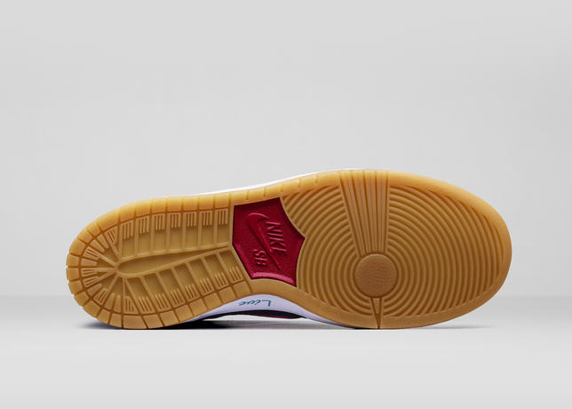 Nike_What_The_Doernbecher_RIGHT_OUT_V2_42686