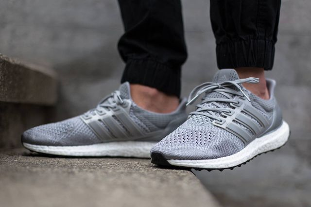 adidas-ultra boost-grey-on foot_03
